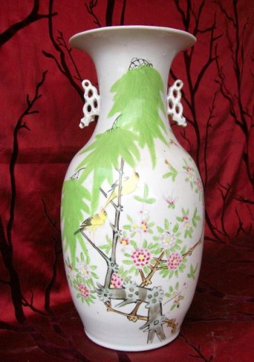 No 41 – Chinese Porcelain Vase with Birds