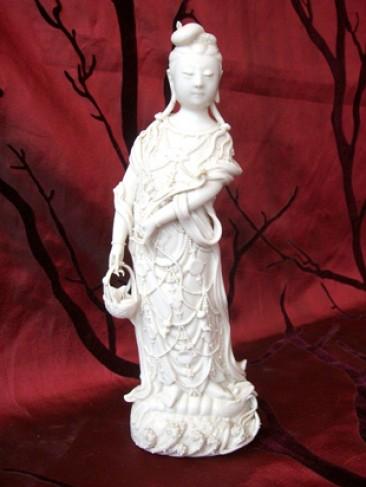 No 43 – Chinese Blanc de Chine Dehua Statue of Guan Yin, Late Qing Dynasty
